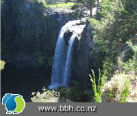 Image - Whangarei Falls Backpacker